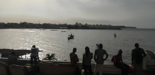 Chavirement D'une Pirogue A Somone : Trois disparus et un rescapé