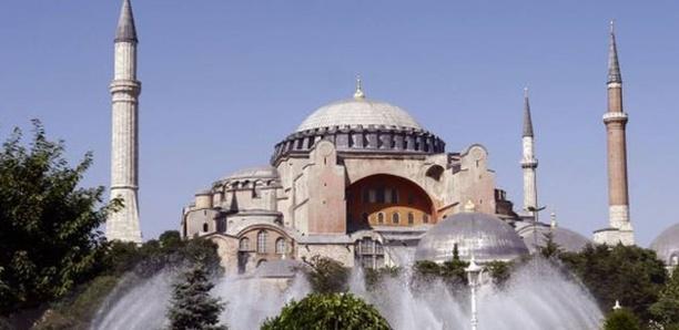 Turquie : Erdogan veut rebaptiser l'ex-basilique Sainte-Sophie en « mosquée »
