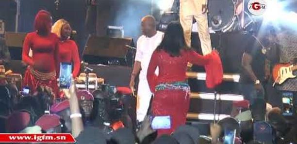 Concert de You à Rufisque: Le leumbeul déroutant de cette danseuse affole le public