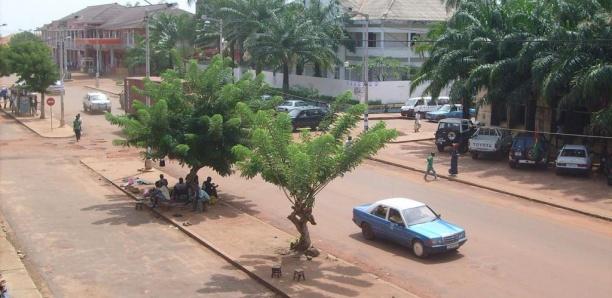 Guinée-Bissau: chaque camp se fait plus menaçant