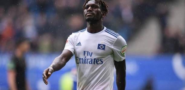 Football : Le joueur gambien de Hambourg Bakery Jatta a-t-il menti sur son identité ?
