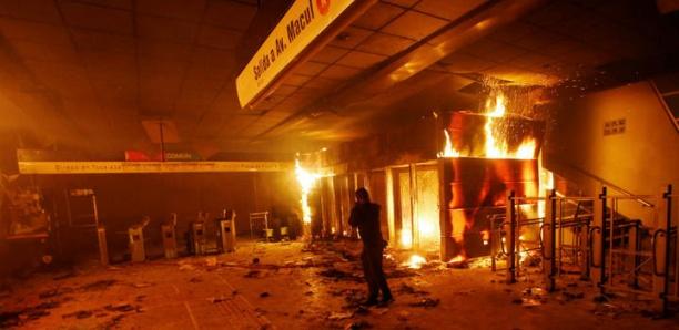L'état d'urgence décrété au Chili après de violentes manifestations