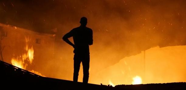 Gambie: un incendie et l'explosion d'un camion-citerne ravagent des bâtiments
