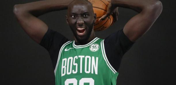 Basket NBA: Tacko Fall, le géant sénégalais qui fait (encore) le buzz