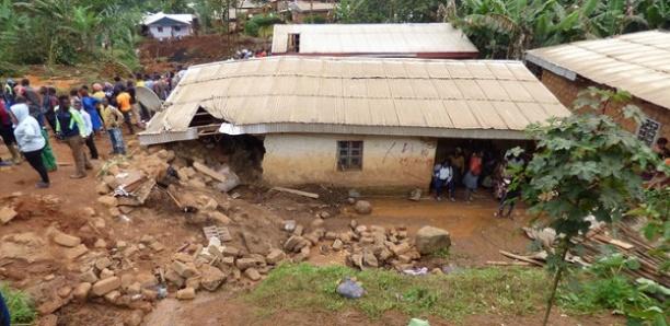 Un glissement de terrain fait 42 morts au Cameroun: la plupart des victimes surprises dans leur sommeil
