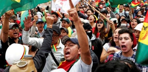 Montée des tensions en Bolivie : plusieurs médias d'État occupés par les manifestants