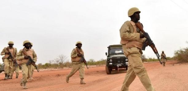 Burkina: Cinq hommes des FDS tués dans une double attaque