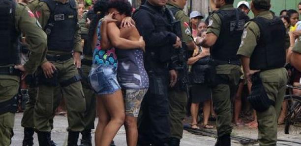 Onze personnes tuées par balles dans un bar au Brésil