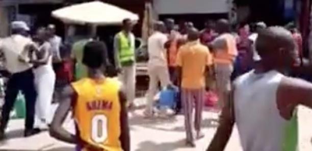 Parcelles Assainies : Violente bagarre entre marchands ambulants et agents de la mairie