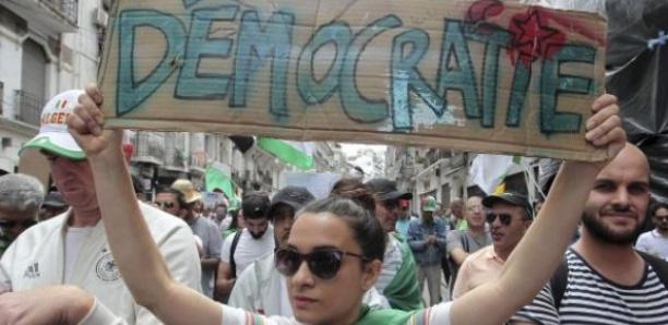 Algérie : appel à libérer les personnes arrêtées lors des manifestations