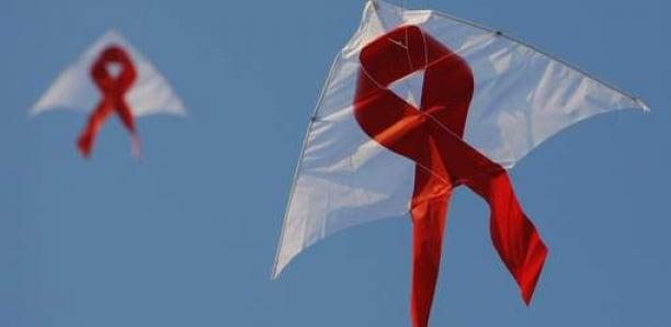 Au moins 14,5 milliards d'euros pour le Fonds mondial contre le sida, annonce Macron