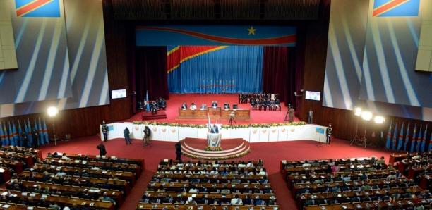RDC: l'opposition critique un budget en baisse par rapport aux promesses