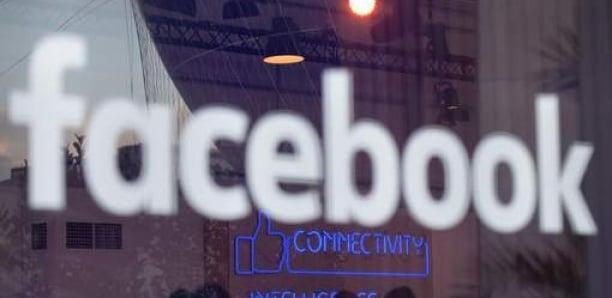Facebook embauche des journalistes pour son futur espace