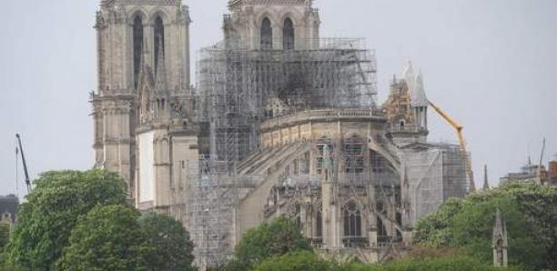 """La canicule menace Notre-Dame de Paris: """"Ça peut s'écrouler à tout moment"""""""
