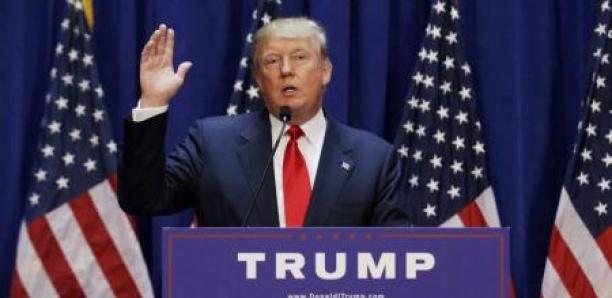 """Procédure de destitution au Congrès: Trump dénonce """"un tribunal bidon"""""""