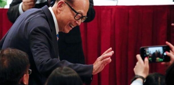 Un magnat de Hong Kong appelle à la paix, nouvelles manifestations attendues