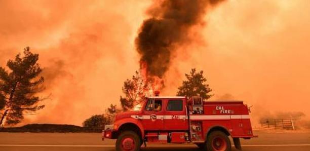 Incendies en Californie, évacuations en cours