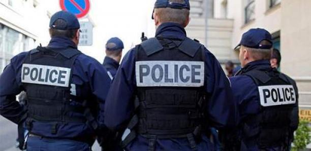 Un mineur de 17 ans agresse deux cantinières à Marseille