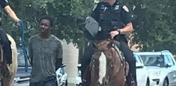 """Un Noir au bout d'une corde et des policiers à cheval: """"Nous sommes en 2019, pas en 1819"""
