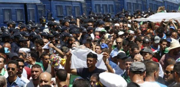Algérie : l'armée doit négocier une transition comme les généraux soudanais, selon le FFS algérien