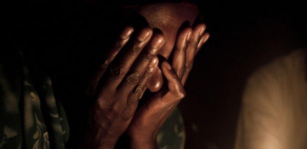 Golf : Une fille violée par le mari de sa camarade de classe