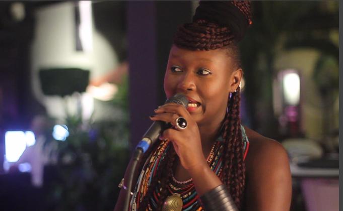 Buzz à Rebours Recoit L'artiste Chanteuse Marema : Mon Inspiration Vient De Tracy Chapman