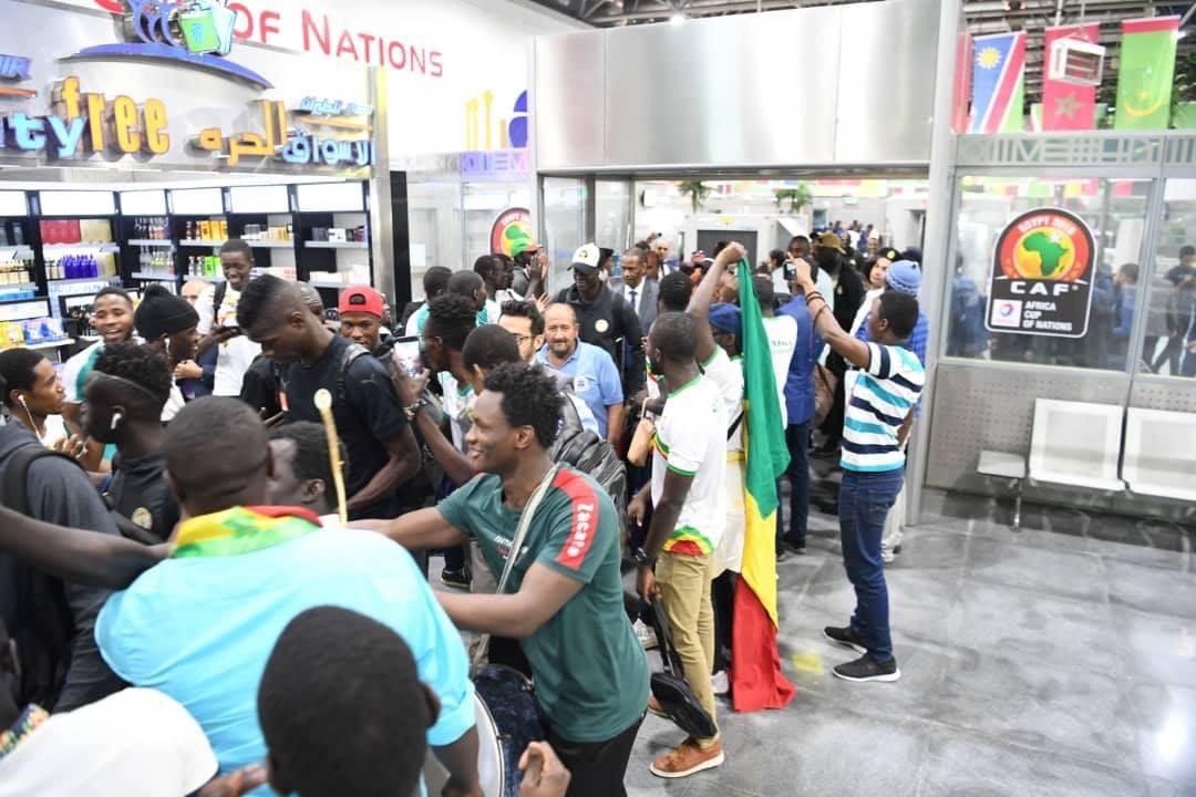 Arrivee Lions Egypte 04 - Senenews - Actualité au Sénégal, Politique, Économie, Sport