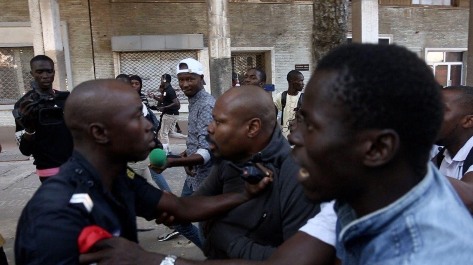 Guy Marius Sagna marche palais 06 - Senenews - Actualité au Sénégal, Politique, Économie, Sport
